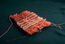 Knit swatch from AlgiKnit.