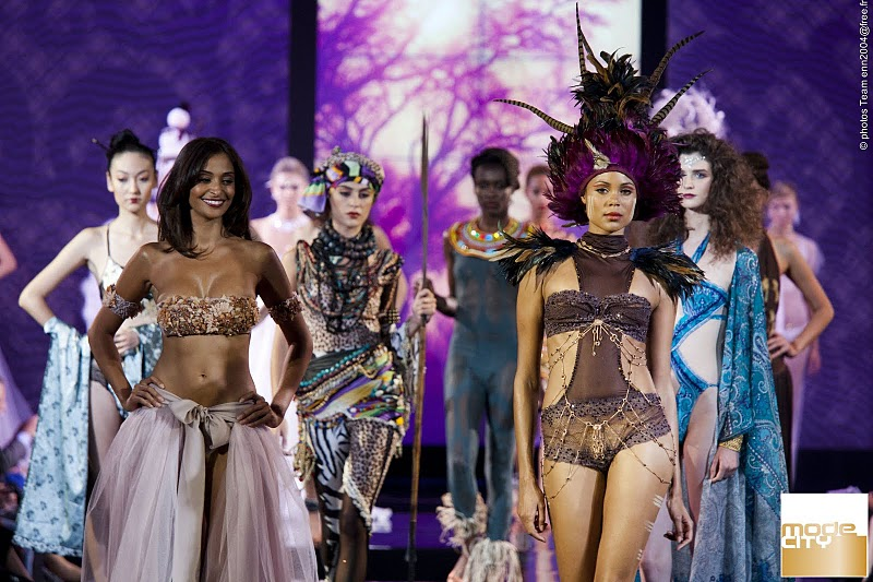 The Ultra catwalk was a global tour encompassing the trends Oriental Desires, Polar Night Treasures and Dreams of Africa.