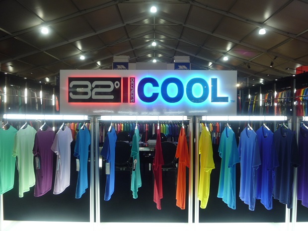 Cooling technologies generated interest at the Outdoor Retailer Summer Market. © Debra Cobb