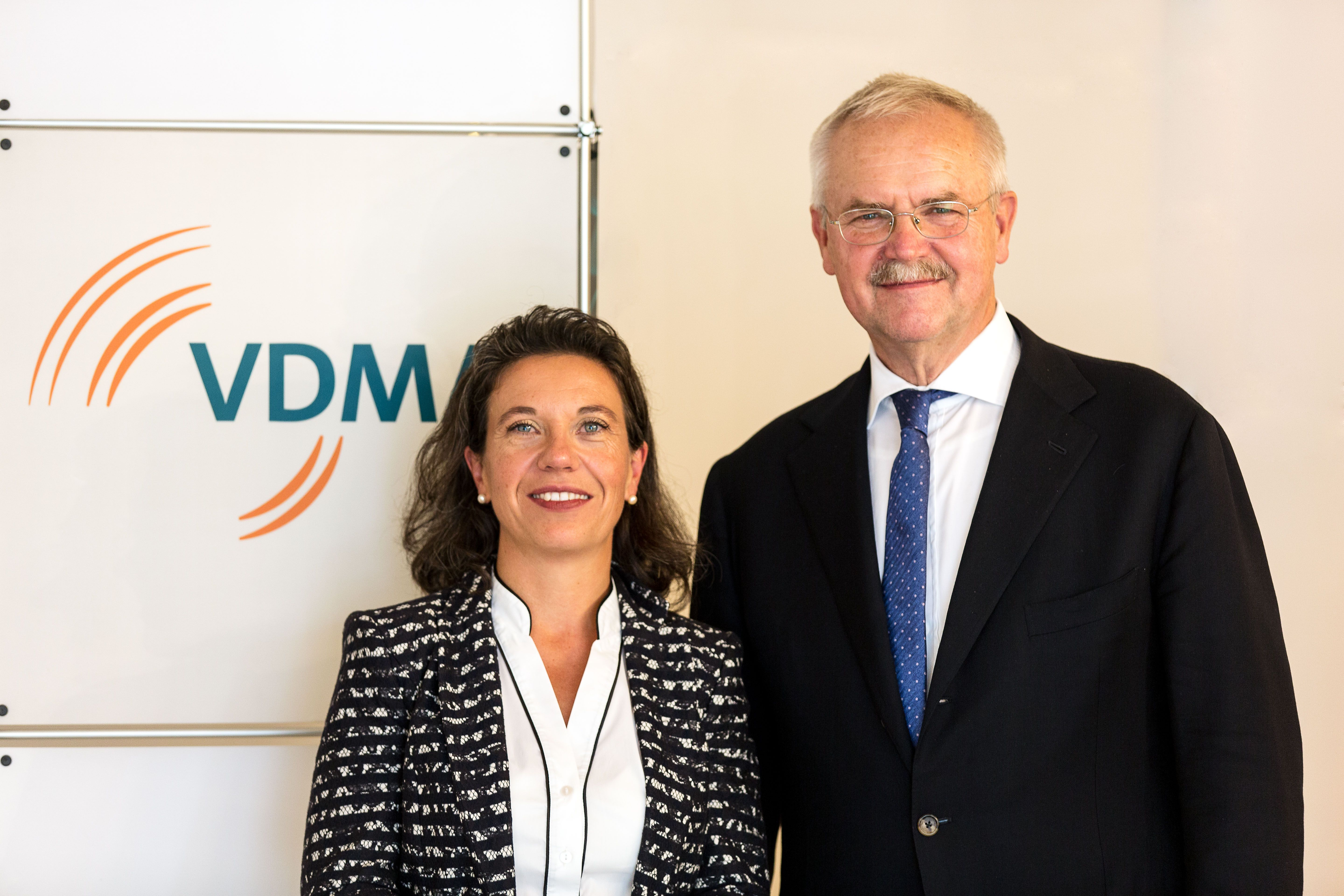 Chairperson and Vice-Chairperson of VDMA Textile Machinery Association: Regina Brückner, Fritz P. Mayer. © VDMA