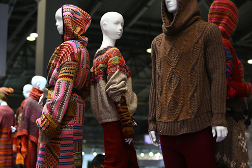 Organised by independent textile specialists, SPINEXPO takes place twice a year in Shanghai and once a year in New York. © SPINEXPO