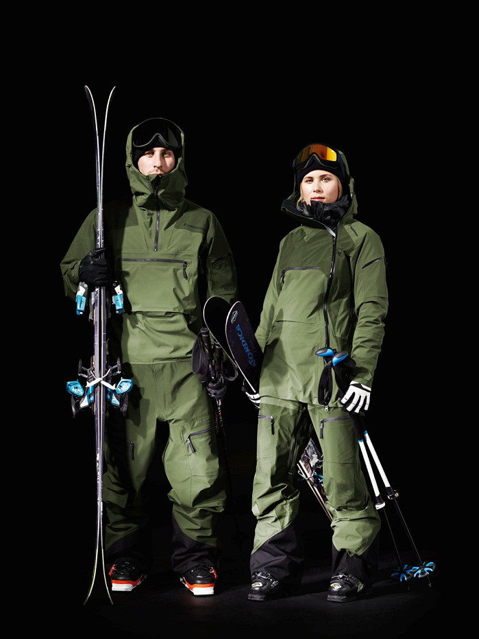 The Peak Performance Heli Line Six suit made with the new Gore C-Knit Backer Technology. © W.L. Gore & Associates