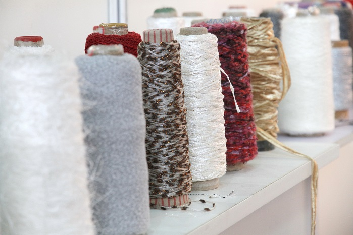 While synthetic yarns are the rising star in the market, cotton yarns still remain attractive to some buyers. © Messe Frankfurt / Yarn Expo Spring
