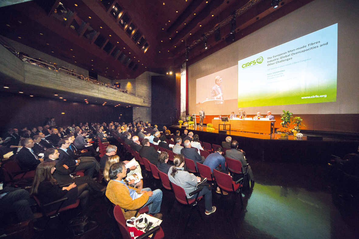 The event featured more than 100 high-calibre presentations by international experts from industry and academic research. © Dornbirn-MFC