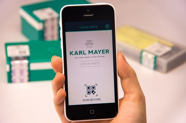 Check of authenticity by QR code and the KARL MAYER CHECK PARTS app. © Karl Mayer