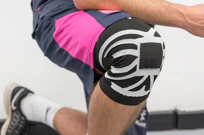 The design uses a prototype sleeve to apply compression to the knee, aiding blood flow to help reduce the risk of anterior cruciate ligament (ACL) injuries in sports professionals. © Nottingham Trent University