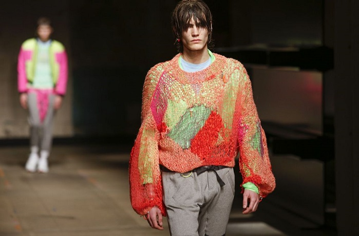 TOPMAN runway show played with both visual design and texture with spider-web knits. © TOPMAN