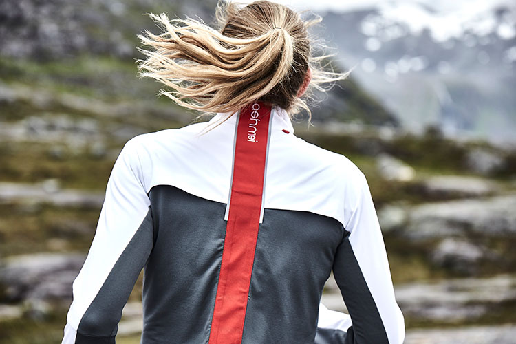 Ashmei is a UK based sports brand that produces top quality running and cycling apparel made with Australian Merino wool. © The Woolmark Company/Ashmei