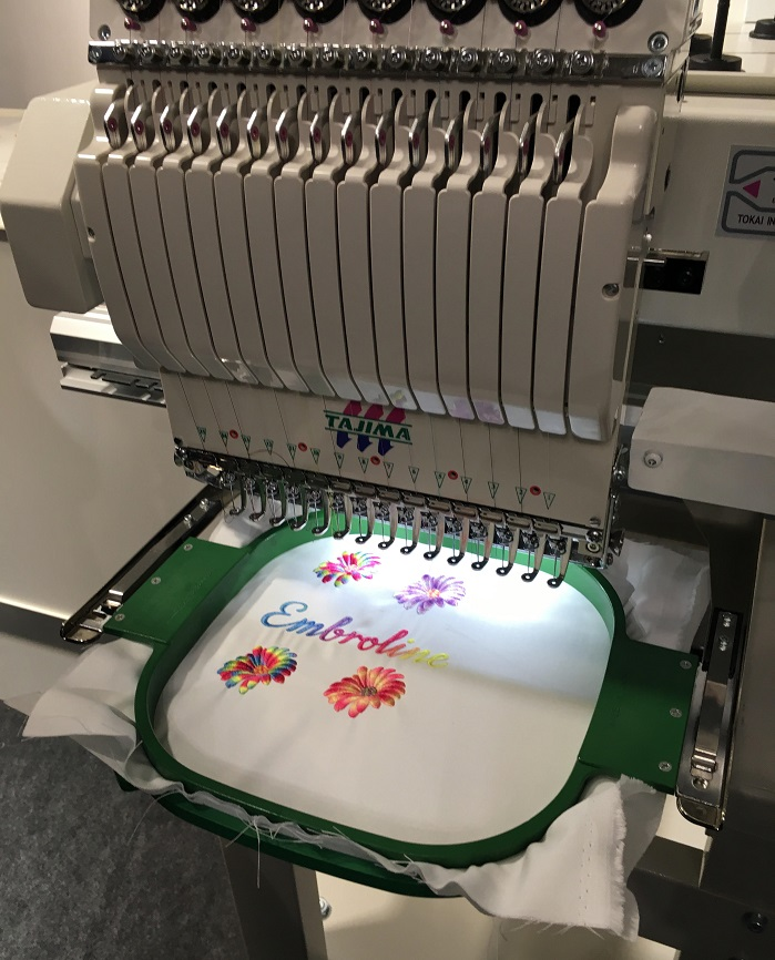 By instantly colouring a white base thread during embroidery production, Embroline provides the complete freedom to create unique embroideries. © Innovation in Textiles