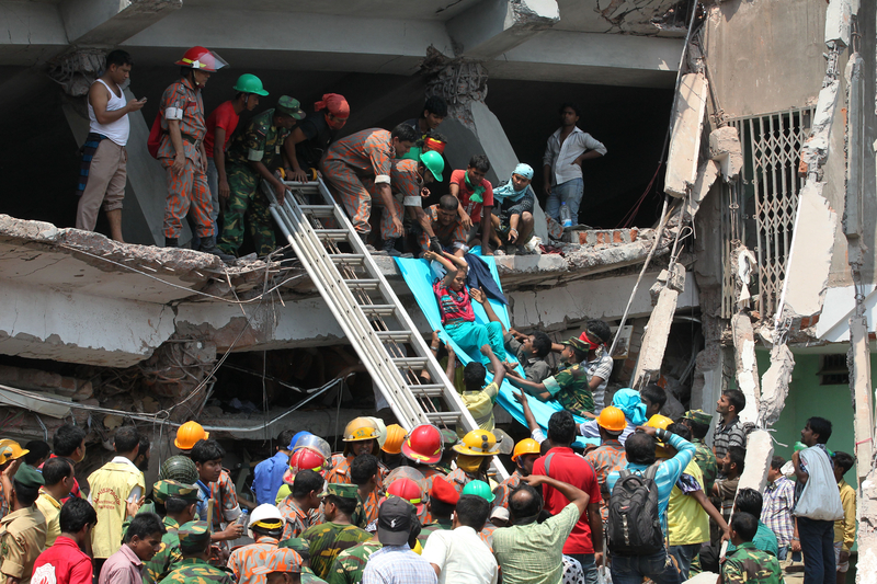 On 24 April 2013 in the Balngladeshi district of Dhaka, 1,133 people were killed and approximately 2,500 were injured.