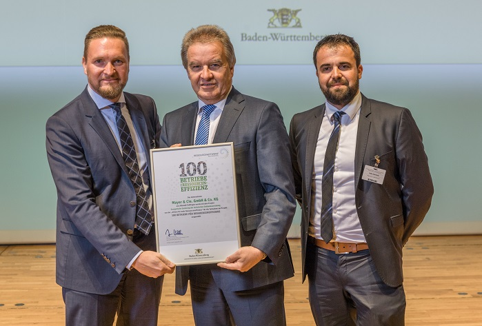 Franz Untersteller, Minister for the Environment, Climate Protection and the Energy Sector, presented the award at the Resource Efficiency and Recycling Congress held in Stuttgart on 18 and 19 October 2017. © Mayer & Cie.