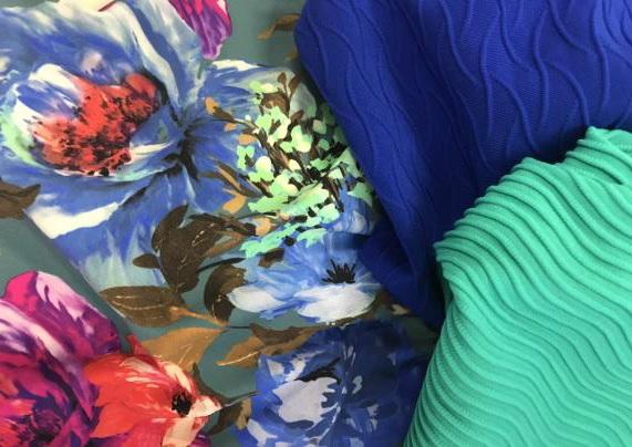 Eusebio fabric in Roica Colour Perfect family. © Asahi Kasei