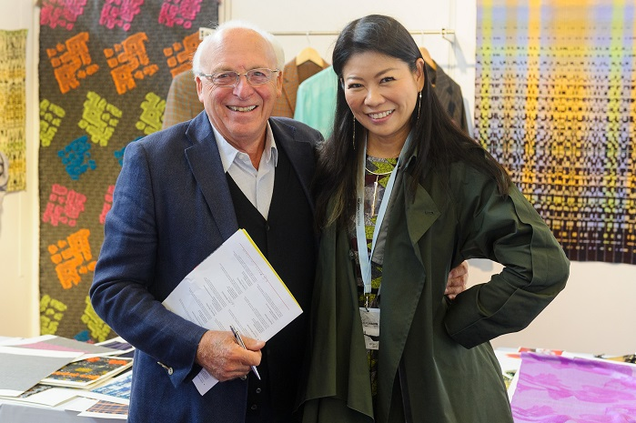 Roberto Sarti with Yuma Koshino at a booth at the Texprint village. © Texprint