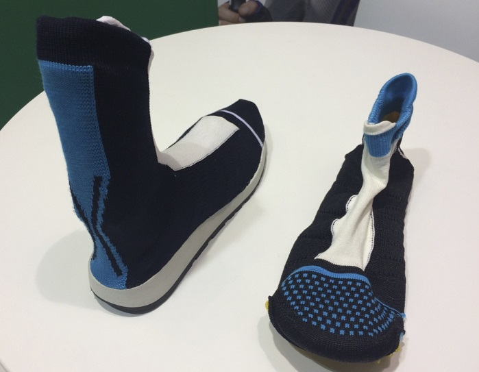 3D knitted footwear utilising Santoni Mecmor technology at ISPO 2018. © Anne Prahl