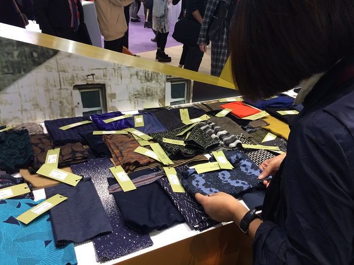 Intertextile Shanghai Apparel Fabrics is a comprehensive platform to showcase your supreme apparel fabrics and accessories. © Knitting Industry