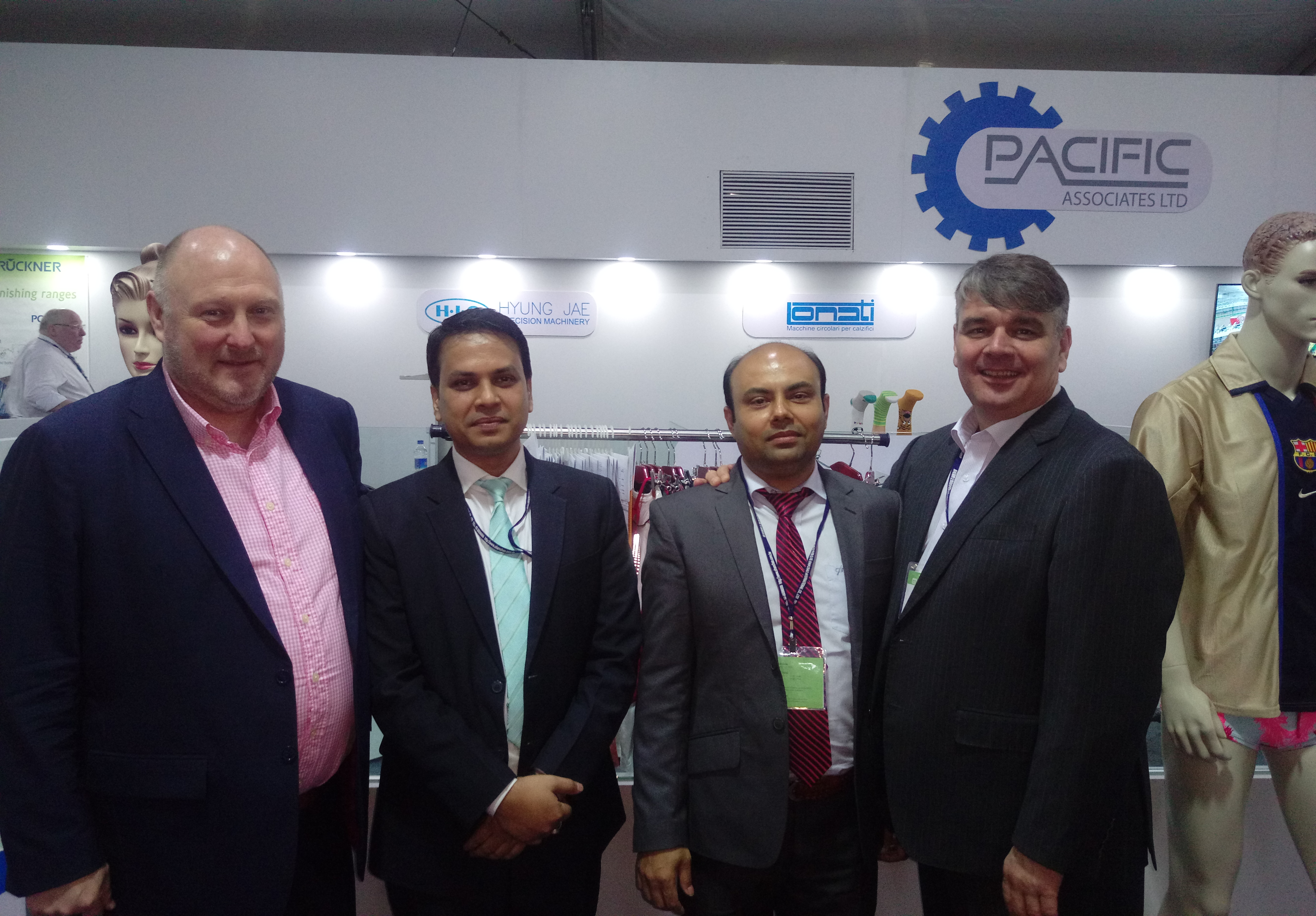 From left to right: Mark Smith from Karl Mayer, Ujjal Sen and Imran Mohaiminul from Pacific Associates, and Peter Frise from Karl Mayer (H.K.) during the DTG Bangladesh.