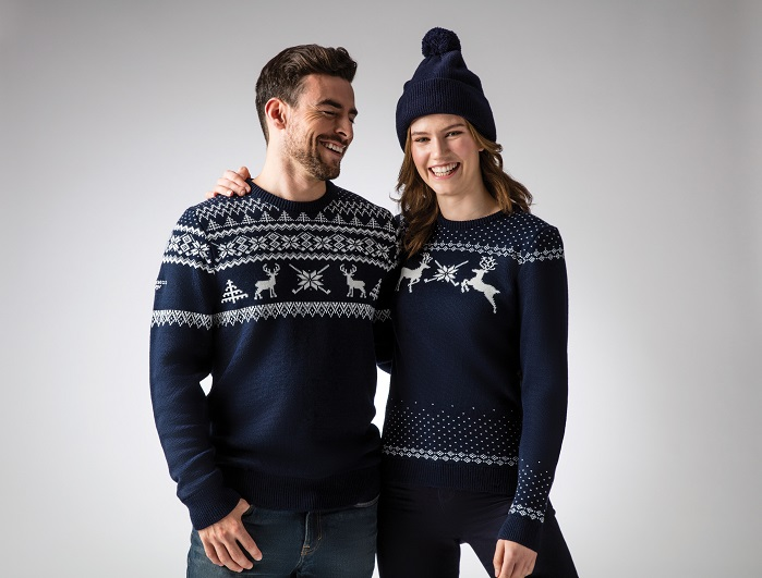 The jumpers are Made in the UK and made from Italian spun merino wool. © Glenmuir