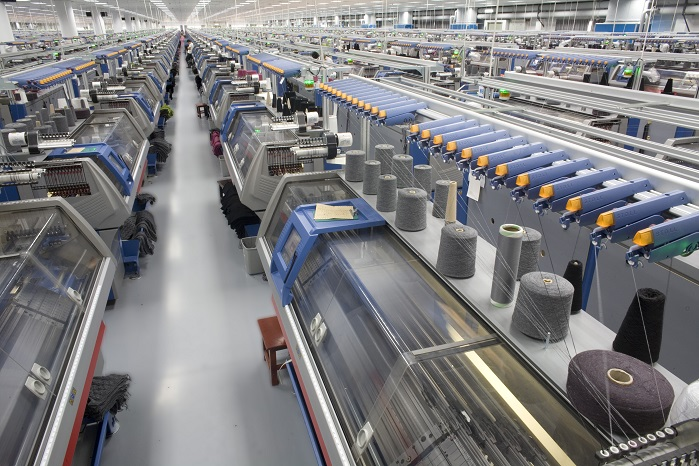 The installation of the 300 high-tech flatbed knitting machines will happen throughout the next three years. © Stoll