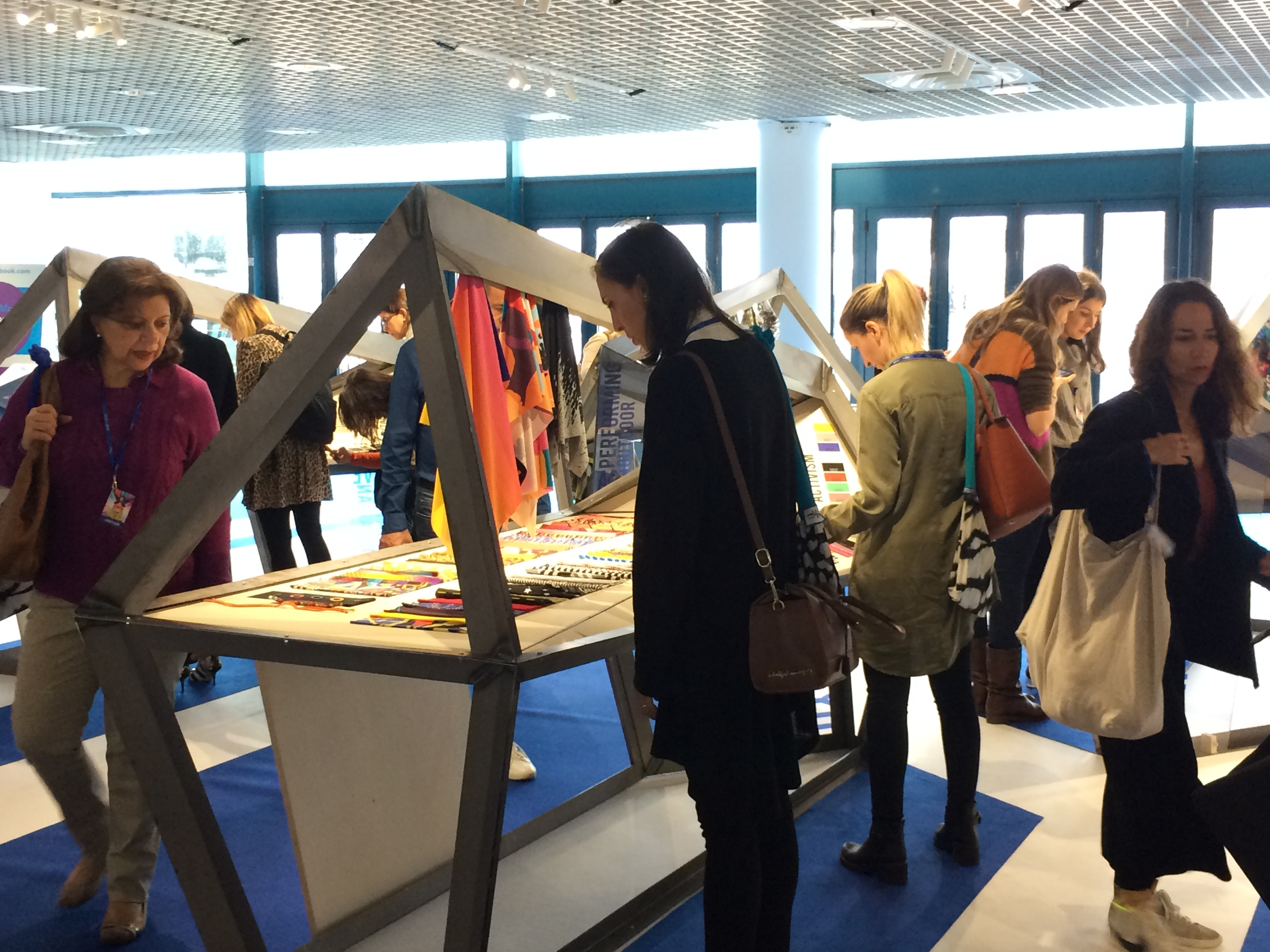 For its 2018 edition, MarediModa gathered over 100 exhibitors. © Knitting Industry