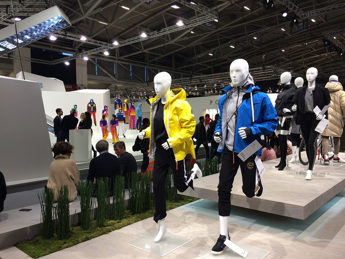 Organisers widened centred aisles and provided dedicated focus areas. © Knitting Industry