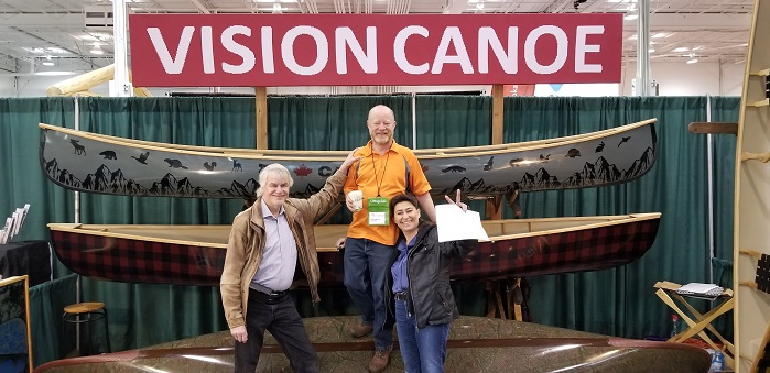 VISIONKnit's 3D knit designers Juergen Garus (left) and Jenny Toth (right) with Andy Phillips, President of Composite Creations and the newly created Vision Canoe company (centre). © VISIONKnit