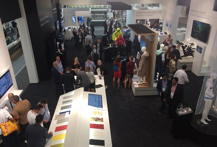 Karl Mayer welcomed nearly 1,000 visitors during the first four days. © Knitting Industry