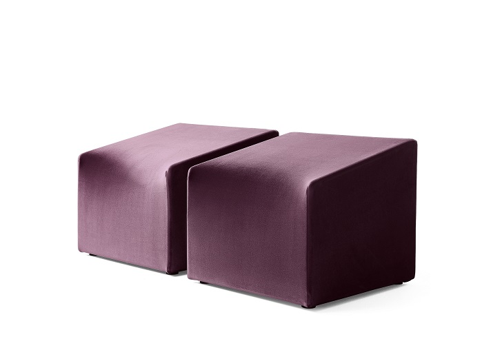 The new armchair was designed by Idelfonso Colombo. © Carvico