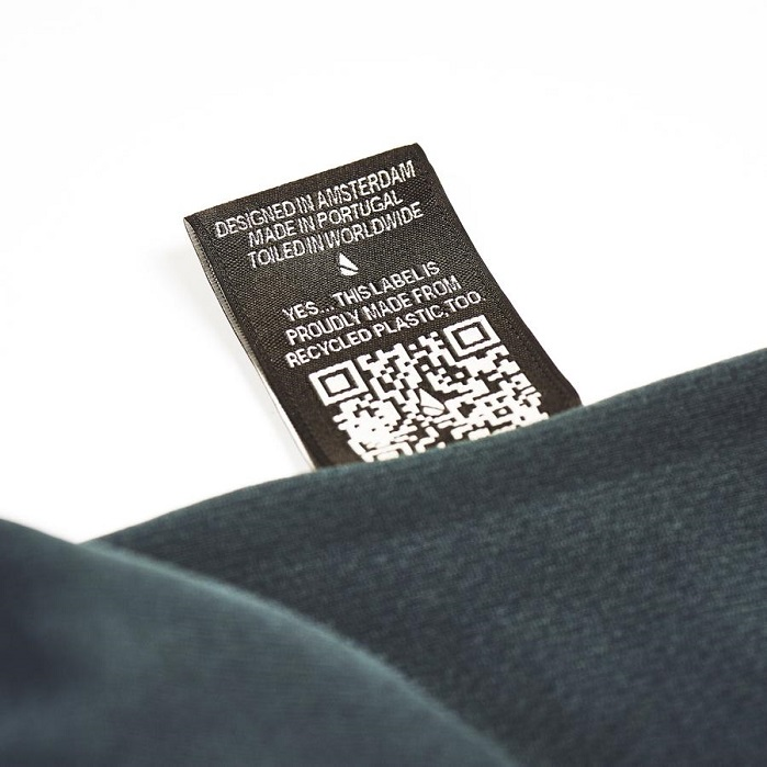 Every garment comes with a QR code. © un-sanctioned
