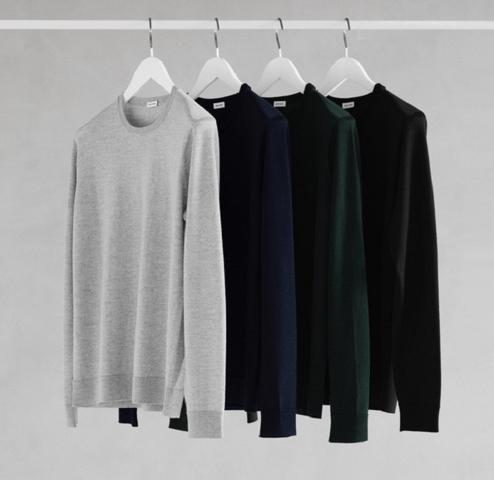 Zero Waste pullover is available in light grey, navy blue, green forest and true black. © Son of a Tailor