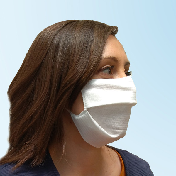 Reusable face mask made on Comez machines. © Comez.