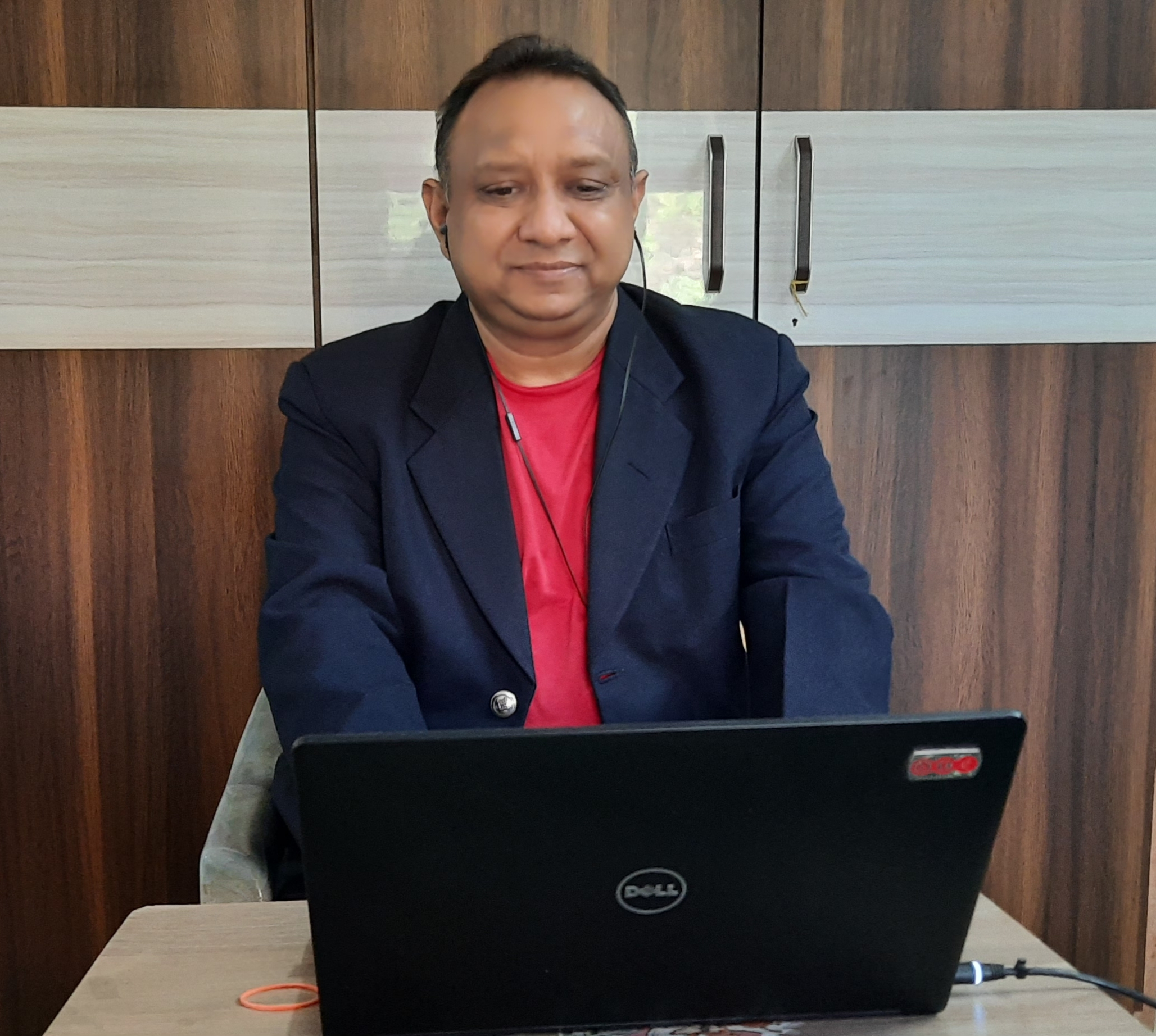 Navin Agrawal from Karl Mayer's agency A.T.E. in India attending the first Karl Mayer Academy webinar.